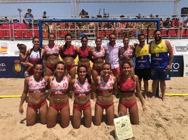 El AM Team Almería de balonmano playa se alza con el campeonato Arena 1000 de Valencia