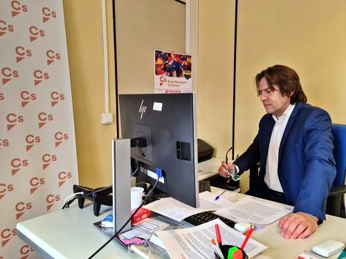 """Burgos: """"Ruego a los grupos que no hagan de la comisión de investigación una guerra política"""""""