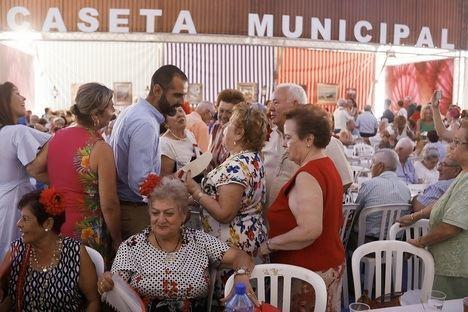 """El alcalde, """"orgulloso"""" de los mayores """"participativos y colaboradores"""""""
