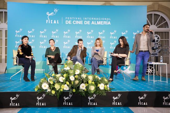La mesa redonda Movistar+ aborda la ya inexistente frontera entre cine y series
