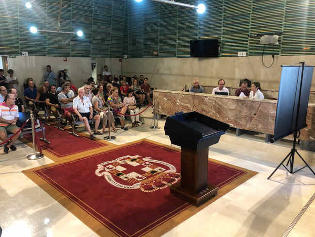 El Ayuntamiento sortea 29 viviendas protegidas en Avda Vilches entre 227 interesados