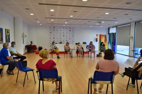 El Consejo Municipal De La Mujer Trabaja En Los Actos Para El 25-N