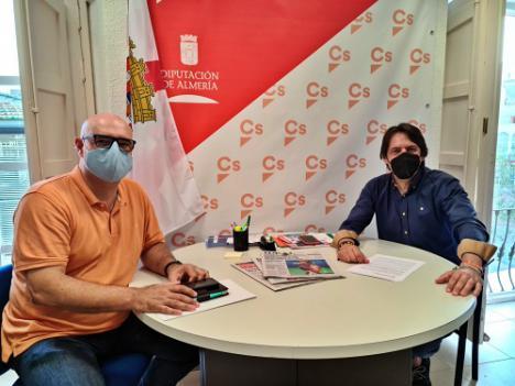 Ciudadanos propone incorporar la lengua de signos a los Plenos de la Diputación