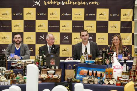 El alcalde destaca la sinergia entre Almería 2019 y Sabores de Almería