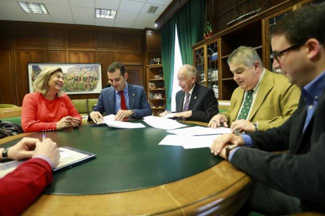 Diputación, Ayuntamiento y Colegio de Abogados amplían un año más la oficina de intermediación hipotecaria