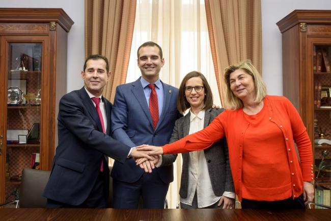 Acuerdo entre Ayuntamiento, Almur y Cajamar para poner en marcha Planes de Igualdad en pequeñas empresas