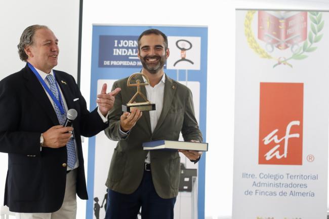 El alcalde destaca el protagonismo del Colegio de Administradores de Fincas en la construcción de la ciudad