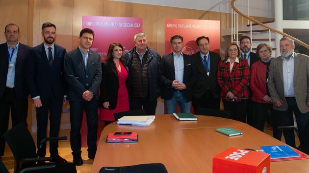 El PSOE traslada a las organizaciones agrarias su respaldo al sector