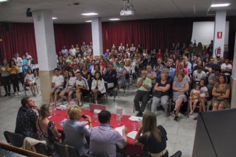 El Ayuntamiento de Abla apoya a una joven escritora de 14 años