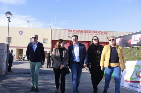 El presidente de la Diputación da la salida a la popular Ruta MTB 'Bomberos del Levante'