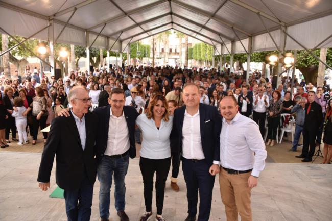 Susana Díaz dice en Cuevas que Andalucía le ha hecho una 'moción de censura' al 'trifachito'