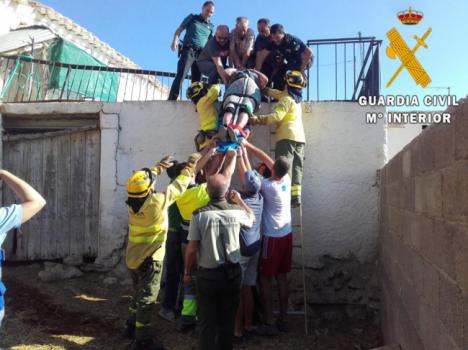 Así sacaron de su vivienda en llamas a una octogenaria en Vélez Blanco