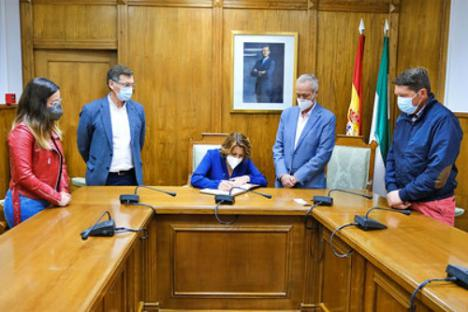 Susana Díaz visita Dalías y critica a Moreno Bonilla