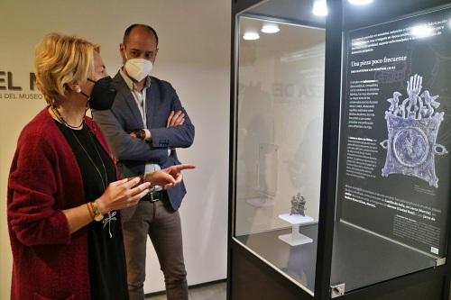 """Un amuleto de época almohade es la """"Pieza poco frecuente"""" del Museo de Almería"""