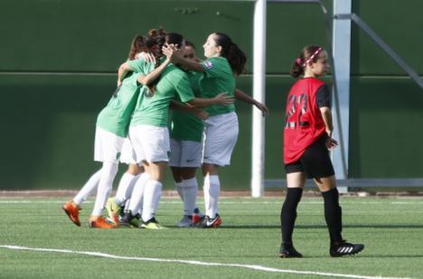 0-10: El Almería femenino da un baño al Estudiantes B en el inicio de Liga