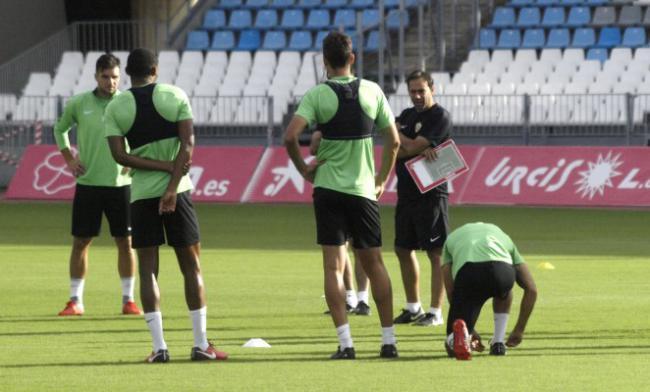 A puerta cerrada la estrategia almeriense para la cita contra Las Palmas