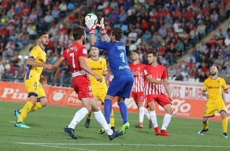 El Almería depende de lo que haga en Lugo y de lo que hagan otros