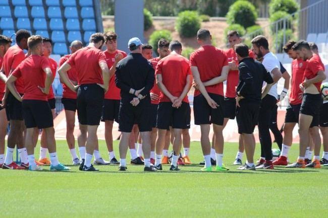 Último entrenamiento de la temporada y viaje a Lugo en busca de la permanencia