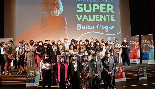 """""""Súper Valiente busca hogar"""" en Almería"""
