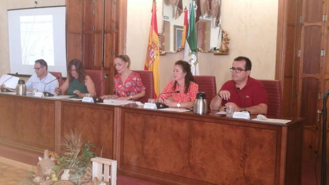 El concejal Segura destaca el papel de la mujer en la agricultura almeriense