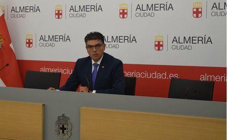 Cazorla dice que el alcalde intenta desacreditarle