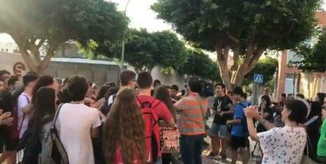 """El PP pide explicaciones por el """"caótico"""" inicio del curso en el IES Carmen de Burgos"""