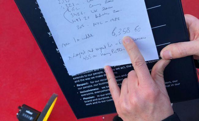 """Almería recibe el """"GUINNESS WORLD RECORDS™"""" a la alfombra roja más larga del mundo"""