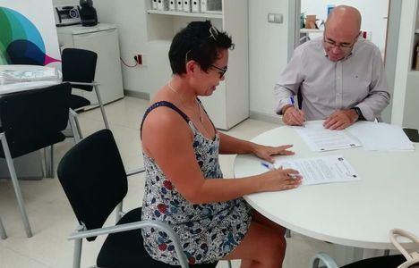 Una agencia de viajes online se instala en los alojamientos gratuitos del CADE de Vícar