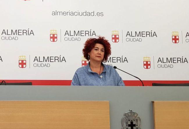 La empresa de los cursos en los Centros Municipales de la Mujer no tiene contrato