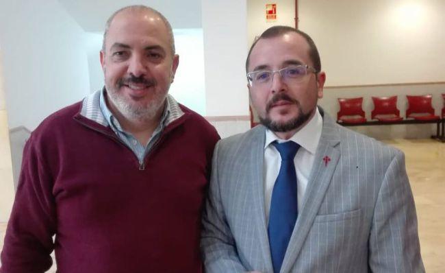 Avelino Oreiro explica la importancia de la poesía a 200 alumnos de Roquetas de Mar