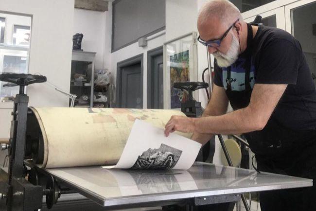 Declarado el taller Dall Villa Art en El Ejido como Punto de Interés Artesanal