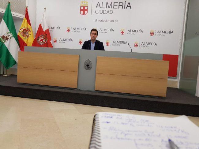 Castellón dice que la ciudad de Almería es a la que mejor le vendrá el cambio en la Junta