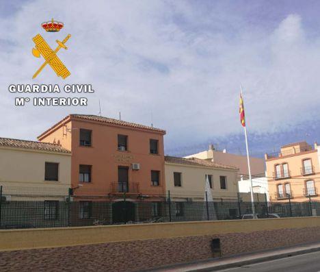 La Guardia Civil detiene a tres ladrones en una vivienda de Vera