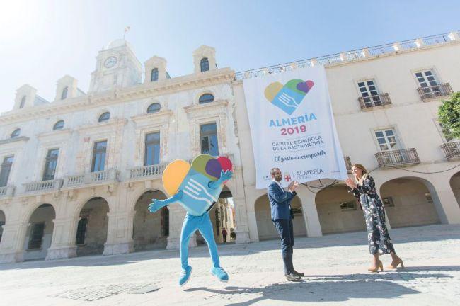 Almería está entre las 19 del mundo que tienen mucho que celebrar este año