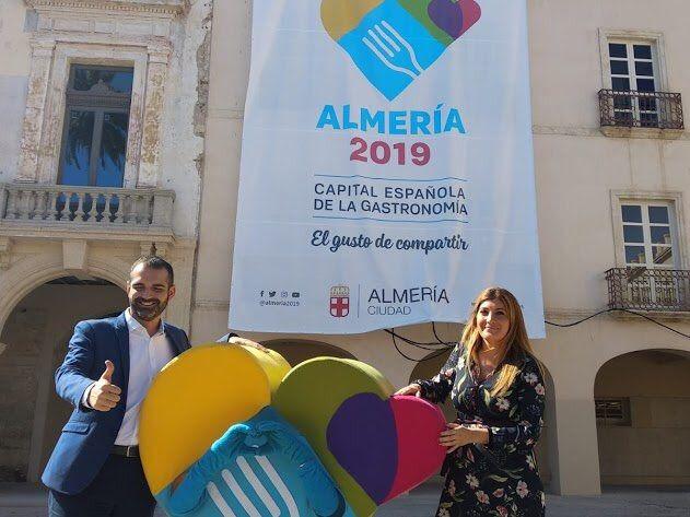 El 23 de enero 180.000 sellos de Correos llevarán el logo de Almería 2019