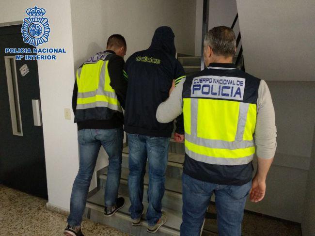 Policía Nacional detiene a un portugués fugado tras violar a una mujer hace 15 años