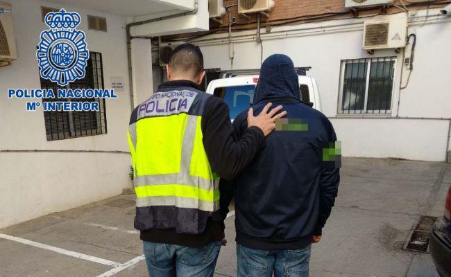 Detenido en El Ejido por robar e intentar agredir sexualmente a un menor