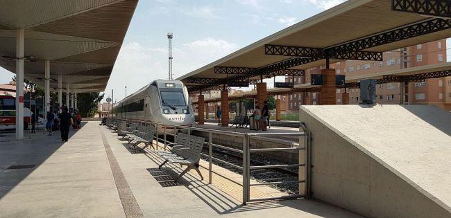 El tren de Almería es el peor valorado de Andalucía por los turistas