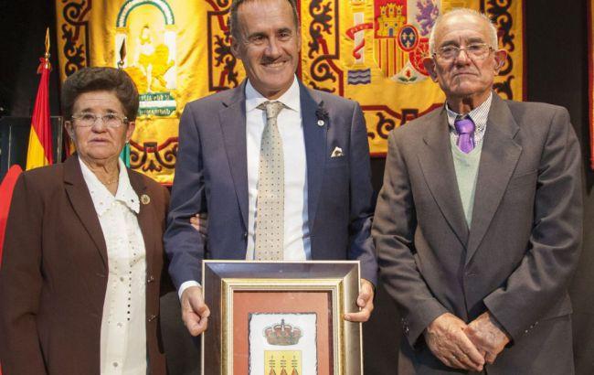 Diego Carrilo es nombrado 'cronista oficial' de Albox