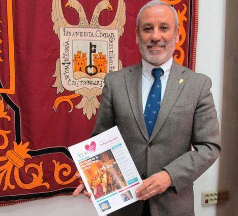 El Ayuntamiento de Vera estrena revista municipal