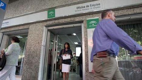 El paro sube un 2,23% en Almería en enero