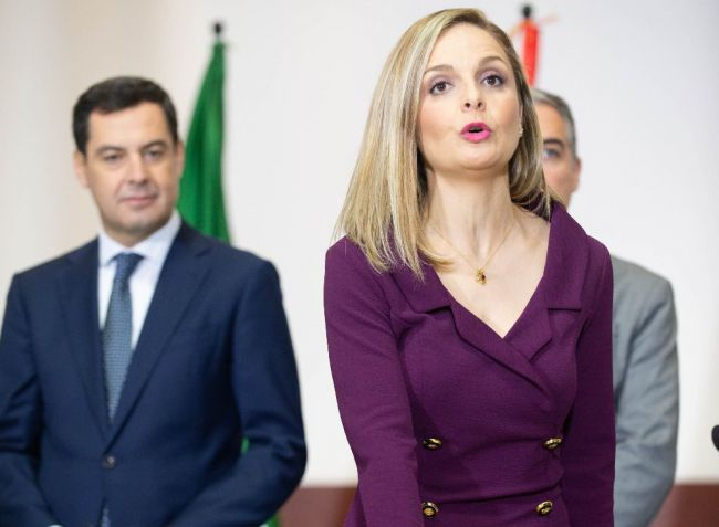 Maribel Sánchez toma posesión como delegada ante Juanma Moreno
