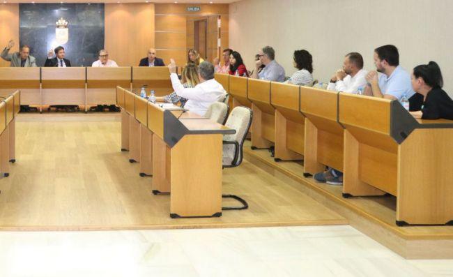 Los concejales de El Ejido piden que la dirección provincial se pronuncie pero ésta se calla