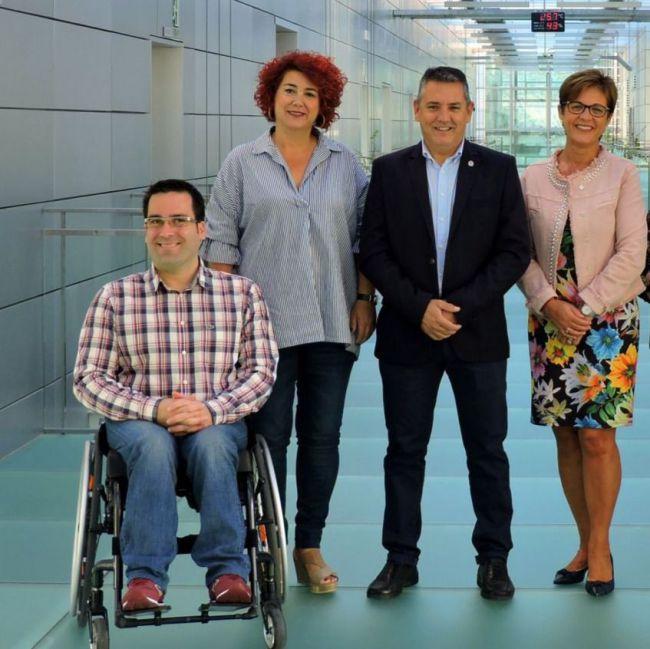 La Ejecutiva del PSOE de la capital da la vuelta a la lista de la militancia