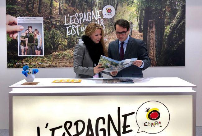'Costa de Almería' seduce al turista francés en el Salón Mundial del Turismo de París