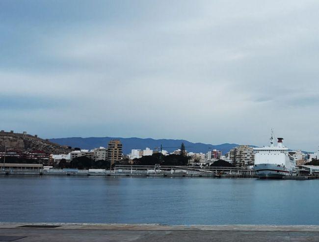 Trasmediterránea restablece las conexiones de Melilla con Almería