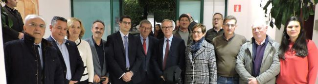 Guirao: Candidato a sueldo de ministro