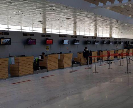 El Aeropuerto de Almería terminó abril con una subida del 7,4% en la cifra de pasajeros