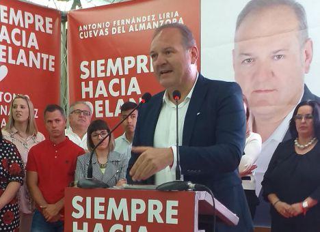 Gran respaldo en la presentación de la candidatura socialista de Cuevas