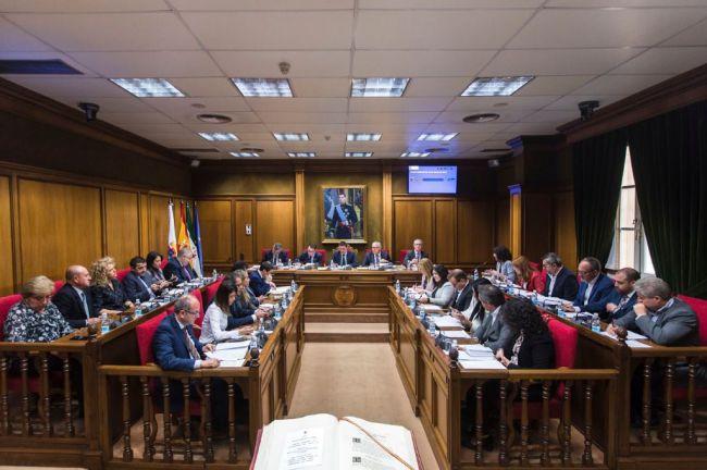 Vox entrará en Diputación e IU saldrá